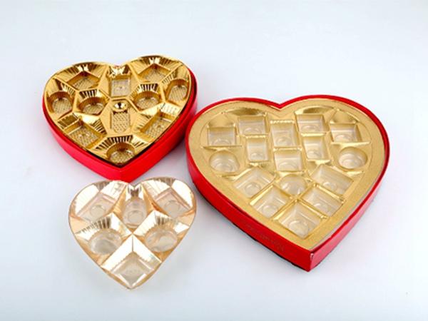 50丝心形巧克力镀金吸塑内托